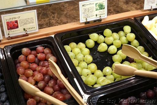 千疋屋総本店の世界のフルーツ食べ放題の瀬戸ジャイアンツ
