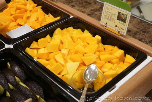 千疋屋総本店の世界のフルーツ食べ放題のマンゴー