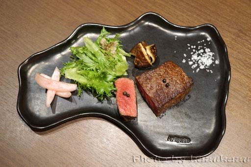 肉と野菜の農家イタリアンアリガトウの福島の代表うねめ牛のロースト
